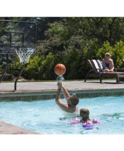 aro basquet juegos niños diversión piscina agua relajarse feliz chile
