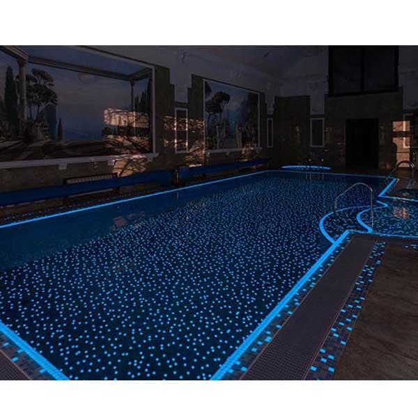 Mosaico luminiscente blanco piscina precio x m2 piscineria for Gresite piscina precio m2
