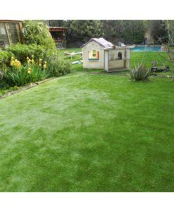 pasto césped grama sintética terraza piscina agua chile