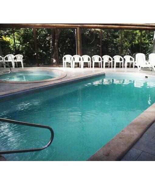 Baranda exterior de acero inoxidable para piscina piscineria for Piscina acero inoxidable