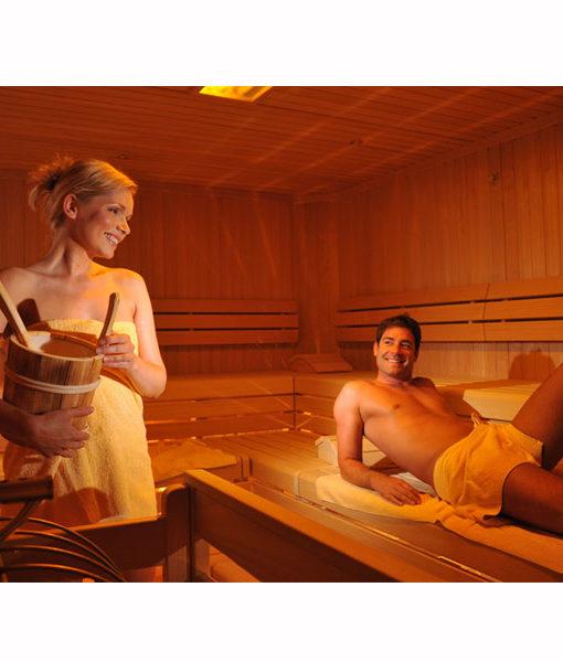 sauna calor madera cabina sala relajarse piscineria spa