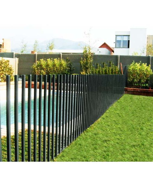 Reja piscina tipo peineta cuadrada gris 1 2m altura for Proteccion de piscinas